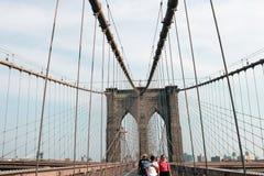 Nueva York, los E.E.U.U. - 2 de septiembre de 2018: Embarcadero del puente de Brooklyn en New York City, estilo del vintage, Manh imagenes de archivo