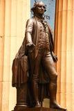 Nueva York, los E.E.U.U. - 2 de septiembre de 2018: Fachada del Pasillo federal con Washington Statue en el frente, Manhattan, Ne fotos de archivo