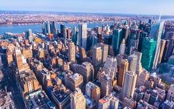 Nueva York, los E.E.U.U.: Panorama aéreo de Manhattan céntrica Fotografía de archivo libre de regalías