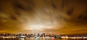 Nueva York Manhattan en la noche Foto de archivo