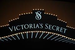 NUEVA YORK, NY - 13 DE NOVIEMBRE: Una vista general de la atmósfera en el desfile de moda 2013 de Victoria's Secret Fotos de archivo
