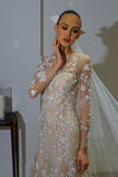NUEVA YORK, NY - 13 DE OCTUBRE: El modelo hace el modelado informal en Carolina Herrera Bridal Presentation Fotos de archivo