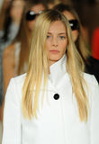 NUEVA YORK, NY - 12 DE SEPTIEMBRE: Paseo de los modelos el final de la pista en el desfile de moda de Ralph Lauren Foto de archivo libre de regalías