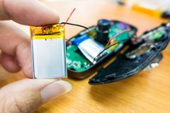 Nuevas baterías de la cámara del coche Fotos de archivo libres de regalías