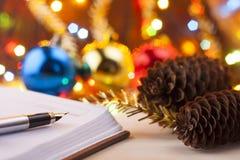 Nuevas entradas Lista de lío al Año Nuevo Lista de compras antes del Año Nuevo Imagen de archivo libre de regalías