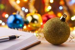 Nuevas entradas Lista de lío al Año Nuevo Lista de compras antes del Año Nuevo Fotos de archivo libres de regalías