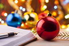 Nuevas entradas Lista de lío al Año Nuevo Lista de compras antes del Año Nuevo Fotografía de archivo libre de regalías