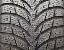Nuevas pisadas del neumático Foto de archivo