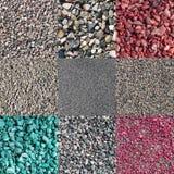Nueve diversas piedras machacadas coloreadas y naturales Imagenes de archivo