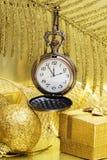 Nuevo año en el reloj de oro Fotografía de archivo libre de regalías
