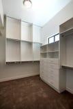 Nuevo armario casero moderno de la huésped fotos de archivo libres de regalías