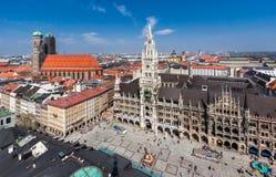 Nuevo ayuntamiento Munich Alemania Foto de archivo