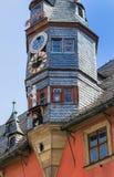 Nuevo ayuntamiento pintoresco en Ochsenfurt cerca de Wurzburg, Alemania fotos de archivo