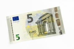 Nuevo billete de banco del euro cinco Foto de archivo libre de regalías