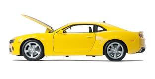 Nuevo coche de deportes modelo amarillo Fotos de archivo libres de regalías