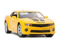 Nuevo coche deportivo modelo amarillo Fotos de archivo