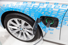 Nuevo coche híbrido de BMW en el IAA 2015 Fotos de archivo