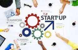 Nuevo concepto de lanzamiento del trabajo en equipo de la estrategia del plan empresarial Fotografía de archivo libre de regalías