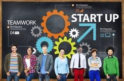Nuevo concepto de lanzamiento del trabajo en equipo de la estrategia del plan empresarial Foto de archivo libre de regalías