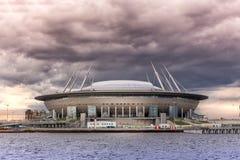 Nuevo ` de la arena de St Petersburg del ` del fútbol en la isla de Krestovsky en St Petersburg para el mundial 2018 Fotos de archivo libres de regalías