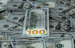 Nuevo diseño 100 cuentas o notas de los E.E.U.U. del dólar Imagenes de archivo