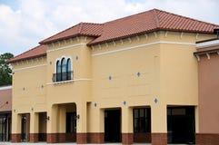 Nuevo edificio comercial Imagen de archivo libre de regalías