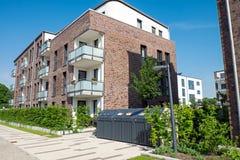 Nuevo edificio de apartamentos en Hamburgo foto de archivo
