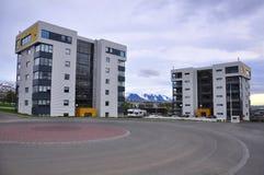 Nuevo edificio en Islandia Imágenes de archivo libres de regalías