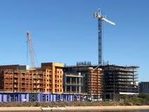 Nuevo emplazamiento de la obra de los apartamentos que es construido en Arizona imagenes de archivo