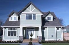 Nuevo exterior casero de Canadá de la casa Imagen de archivo libre de regalías
