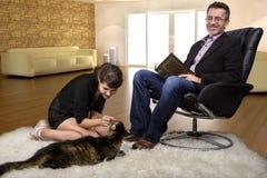 Nuevo gato del animal doméstico de la familia Imagen de archivo