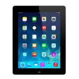 Nuevo IOS 7 1 2 homescreen en una exhibición negra del iPad Imágenes de archivo libres de regalías