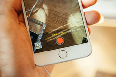 Nuevo iPhone 6 de Apple e iPhone 6 más Imagen de archivo libre de regalías