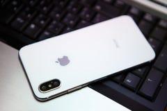 Nuevo Iphone X en el color blanco Fotografía de archivo
