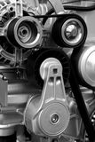 Nuevo motor. Correas de potencia fotografía de archivo libre de regalías