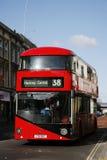 Nuevo omnibus para Londres Imagen de archivo libre de regalías