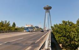 Nuevo puente, Bratislava, Eslovaquia Imagenes de archivo