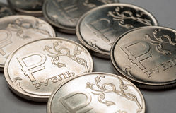 Nuevo símbolo monedas de una rublo Imágenes de archivo libres de regalías