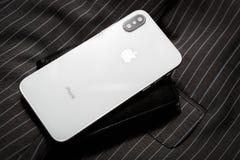 Nuevo teléfono elegante de Iphone X Apple más nuevo Iphone 10 Fotografía de archivo libre de regalías