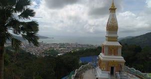 Nuevo templo construido en Phuket almacen de metraje de vídeo