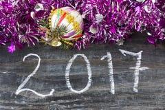 Nuevo Year& x27; tarjeta de felicitación de s 2017 Imagen de archivo