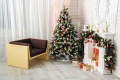 Nuevo Year& x27; s e interior de la Navidad Imágenes de archivo libres de regalías