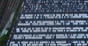 Nuevos aparcamiento y camión Imagenes de archivo