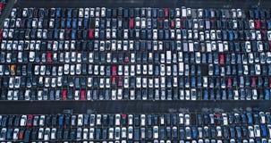 Nuevos aparcamiento y camión Fotos de archivo libres de regalías