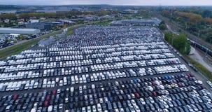Nuevos aparcamiento y camión Fotografía de archivo libre de regalías