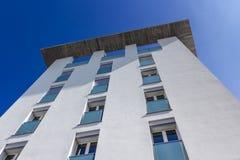 Nuevos apartamentos foto de archivo