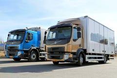 Nuevos camiones del FE y de FL de Volvo imagenes de archivo