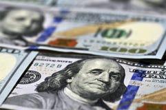 Nuevos cientos billetes de dólar Fotos de archivo libres de regalías