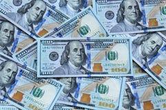 Nuevos cientos billetes de dólar Imagen de archivo