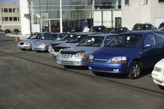 Nuevos coches para la venta Imágenes de archivo libres de regalías